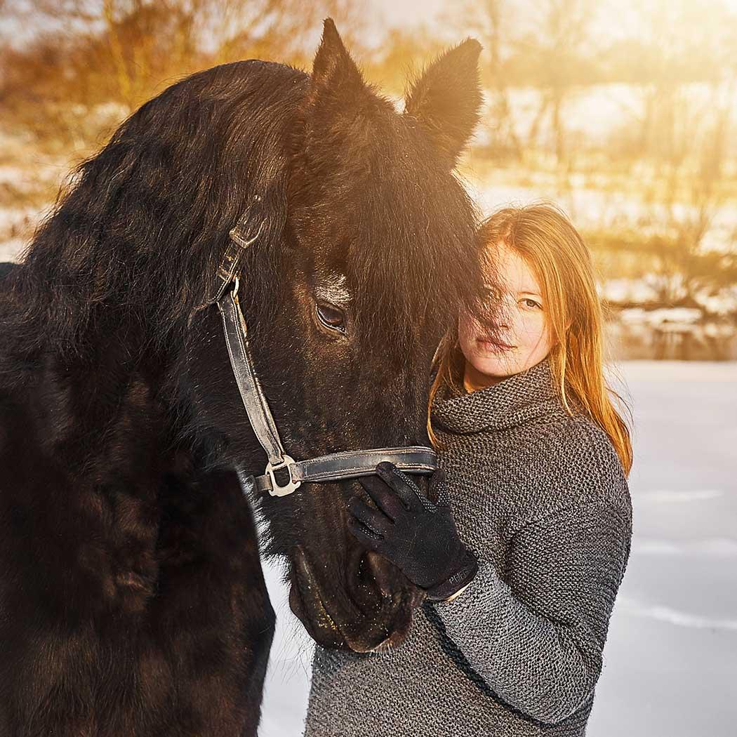 Portrait Frau mit Pferd Foto - Barbara Schneider